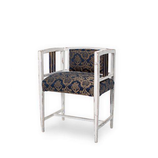 Sillón Tudor, mueble restaurado
